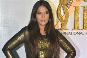 richa chadda dominated iifa award surprised everyone with transformation