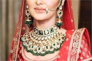 polki jewelery from anushka to deepika is also in trend