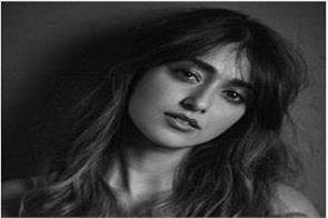 ileana d cruz gives witty reply to a troller who asked actress virginity
