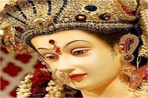 bollywood famous singers aatta aarti vaishno devi bhavan