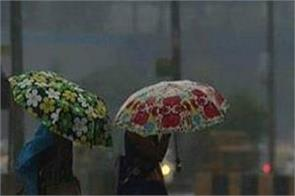 rains bring down temperature in delhi