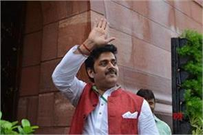 bjp mp ravi kishan a major plane crash was a survivor