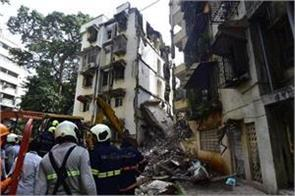 a 10 year old building collapsed in mumbai 10 year old girl killed two injured