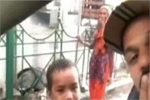 shikhar dhawan share adorable video with street boys