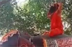 yoga guru baba ramdev elephant yoga mathura ramnarethi ashram
