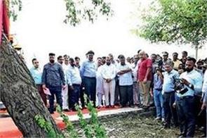 pollution control delhi govt tree transplantation policy arvind kejriwal