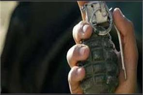 grenade blast in kashmir 12 injured