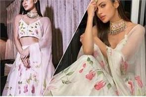 mauni roy stylish lehenga