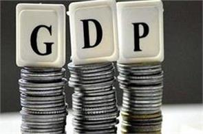 crisil says economy may decline by 7 7 in fy21