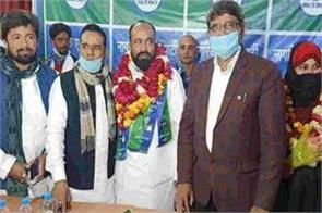 congress leader sheikh tahir joins citizens unity party