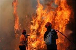 west bengal  fire in jalpaiguri market burning 150 shops