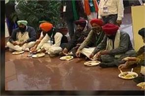 national news punjab kesari narendra modi farmer delhi border video viral