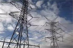 discoms  power generation companies  dues rose 29