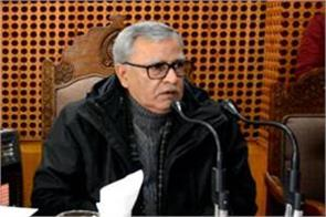 advisor khan visits shopian listens to people s complaints