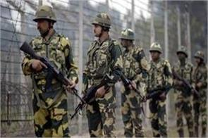 pak army shoots ceasefire heavily in poonch five porter injured