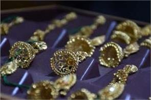 delhi bullion review gold shine increases for fourth consecutive week