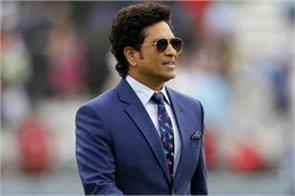 great batsman sachin protests against four day test