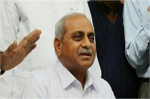 deputy cm nitin patel said  it is sad to see the nameplate of non gujarati ias