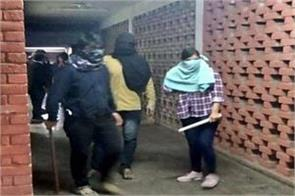 police is digging video footage to identify the culprits of jnu attack