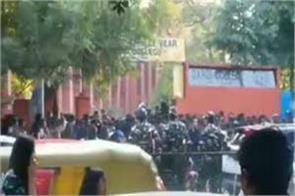 delhi girls molested in gargi college