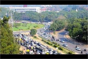 creating tribune flyovers is the only option to reduce traffic congestion