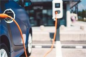 electric vehicles can be charged every 4 kilometers