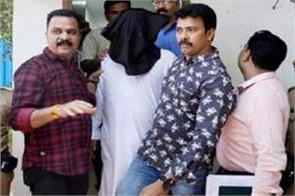 dawood s former aide tariq parveen arrested on charges of extortion