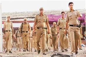 delhi police has become communal