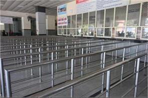 dubai flight canceled till 30