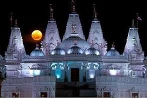 swaminarayan sect closes all temples globally in light of coronavirus