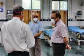 health minister harsh vardhan s osd office guard corona infected