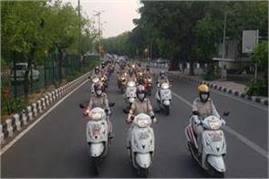 corona aiims  parikrama  done by delhi police with 51 bikes