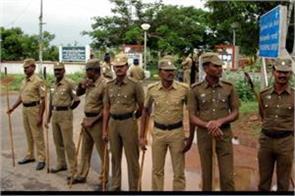 doctor dies of corona in tamil nadu mob opposes burial in cemetery