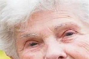 lockdown corona virus 90 year old elderly woman ventilator