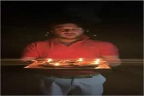 jyotiraditya scindia lit lamp pm modi s appeal along tweet kansa thanj