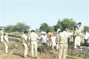 maharashtra 15 migrant laborers killed by goods train in aurangabad