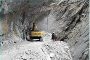 nepal started road construction on the border with india