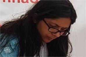 swati maliwal sent notice to facebook twitter and tik tok
