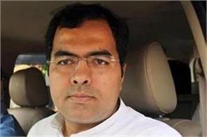 jp mp pravesh verma s attack on gandhi family