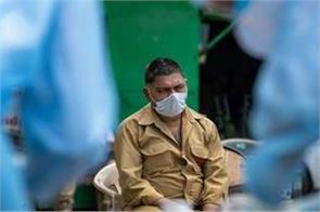 south korean leader urges calm as cases rise