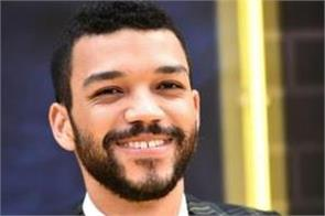 jurassic world s justice smith comes out as queer and calls