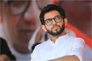 aditya thackeray requested center on vande bharat flights