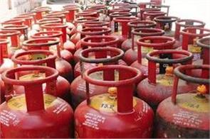 subsidized lpg cylinders costing 100 rupees in a year