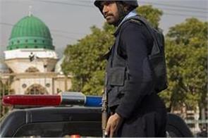 5 pakistan policemen killed in midnight raid in gilgit baltistan