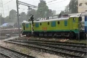 indian railways created history trains run without diesel electricity