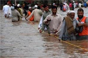 death toll in pakistan s torrential rains rises to 134