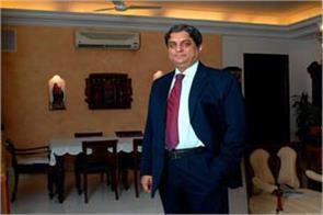 hdfc bank md aditya puri sent emotional e mail to his employees