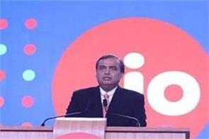 mukesh ambani company jio continues to rule