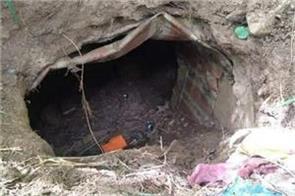 terrorist hideout busted in pulwama kashmir