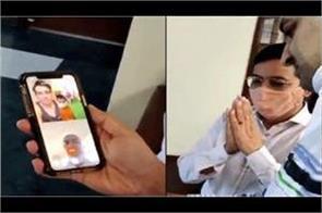 now-sonu-sood-has-given-smartphone-to-children-in-haryana-for-online-studies